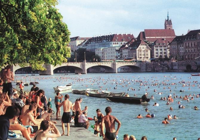 Copyright_Claude Giger_Rheinschwimmen