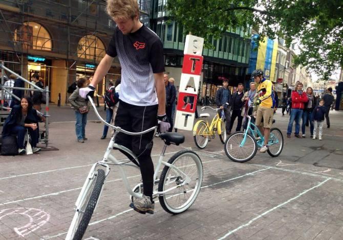 slowbiking Niels De Wit credit (2)