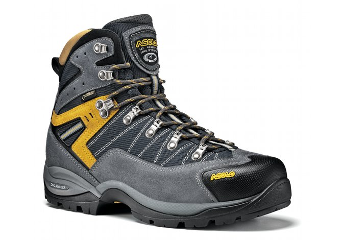 Le scarpe da trekking per ogni genere di escursione - SportOutdoor24 26f70ca8dd9