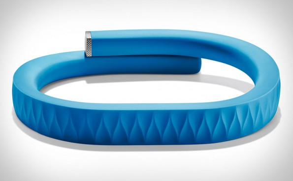 Quanto camminare per tenersi in forma? Lo dice Jawbone Up