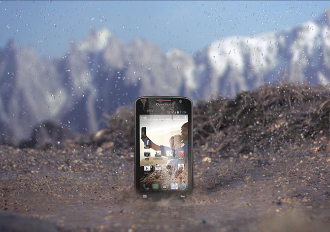 Anteprima – Quechua Phone 5″: lo smartphone outdoor di Decathlon