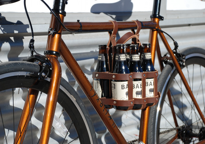 Il portabottiglie per birra (e vino) da bici
