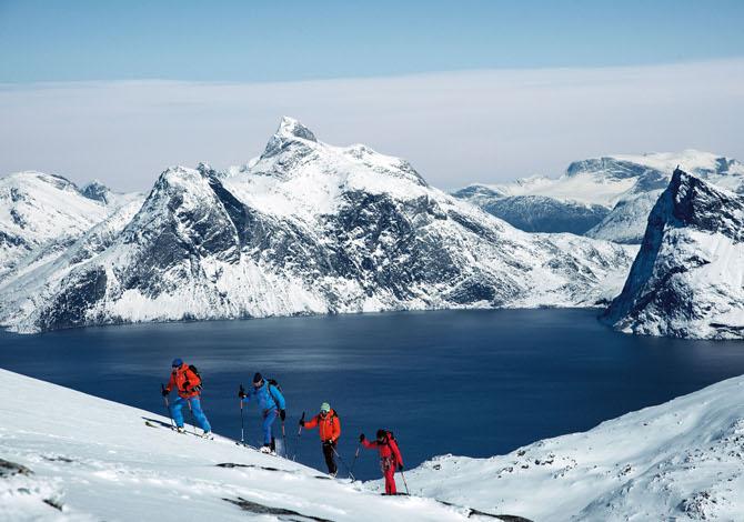 Between Places: il film tra acqua, ghiaccio, montagne e avventura
