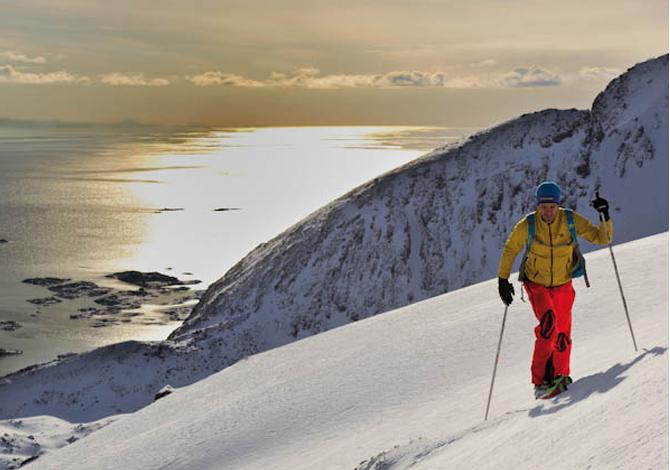 Lofoten: due curve al Circolo Polare Artico