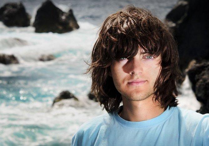 Questo ragazzo vuole ripulire gli oceani con un imbuto