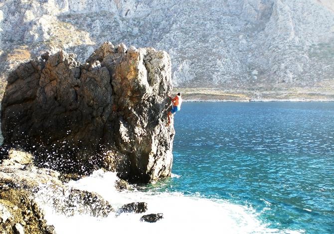 Arrampicare a Kalymnos, il paradiso delle falesie vista mare [blog]