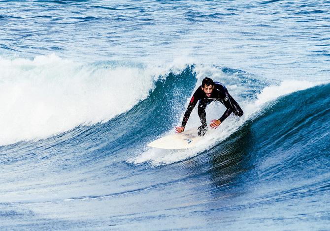 A caccia di onde: 7 spot per fare surf in Italia