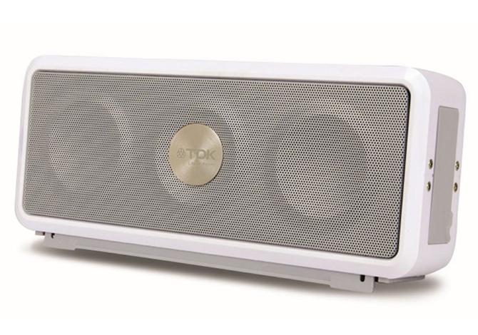 TDK Trek A26, lo speaker wireless per l'aria aperta