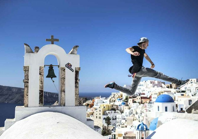 The Art of Motion, i migliori freerunner al mondo si sfidano a Santorini