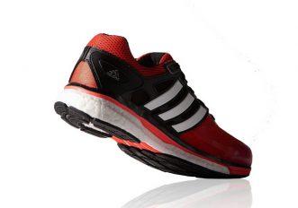 Regali di Natale: 11 scarpe da running per tutti i gusti