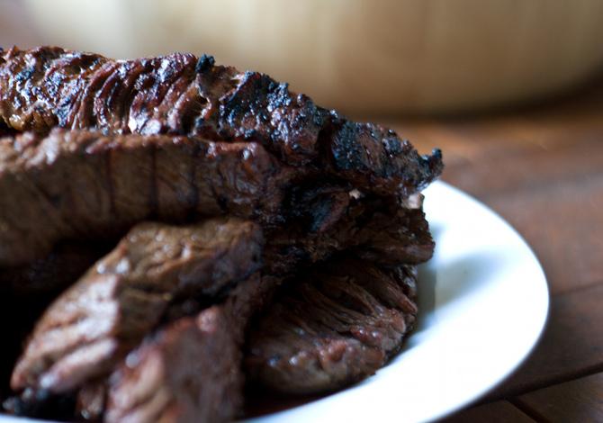 Carne rossa da non mangiare di notte