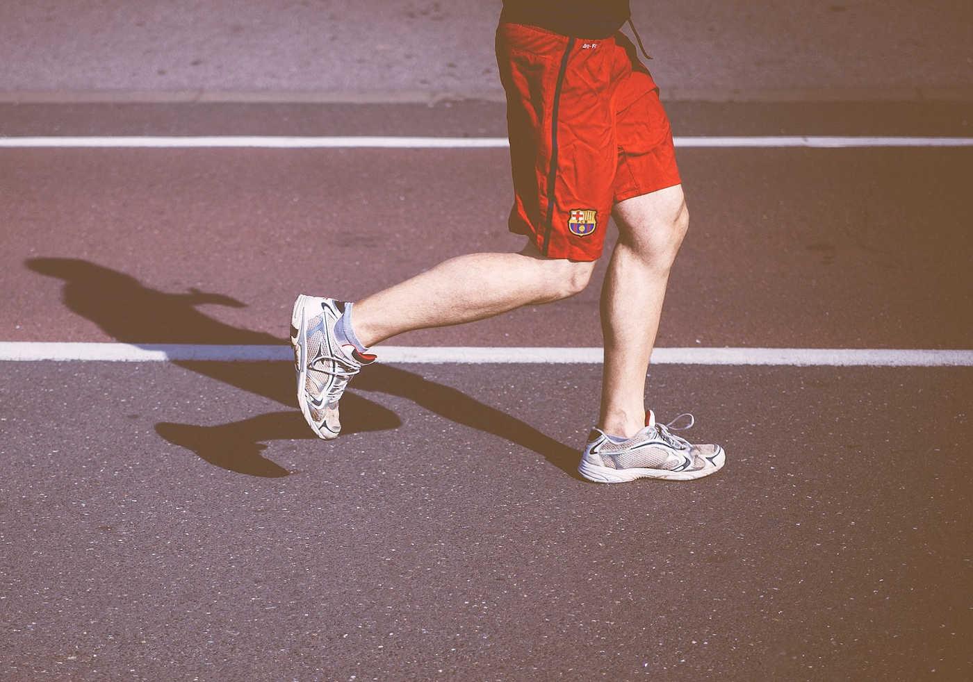 correre-provoca-lartrosi-alle-ginocchia