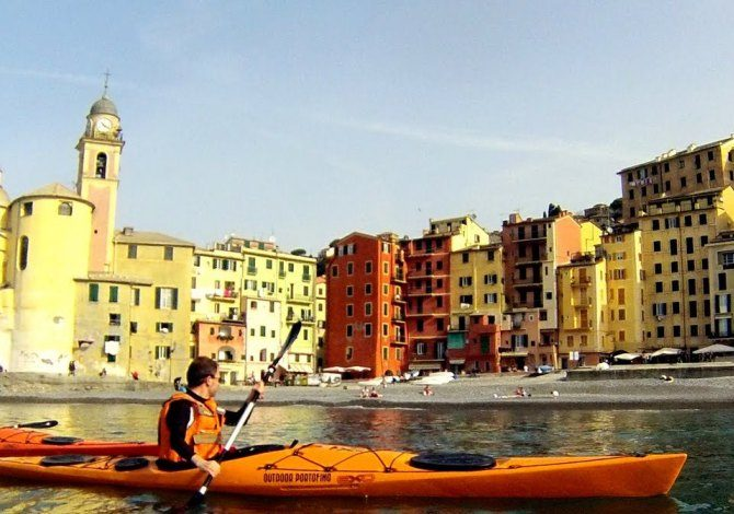 Kayak a Camogli / outdoorportofino.com