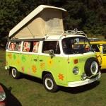 Volkswagen T2 Westfalia - Credits: nakhon100