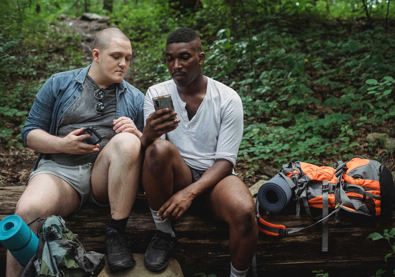Navigatore GPS o smartphone: cosa è meglio per un'escursione?