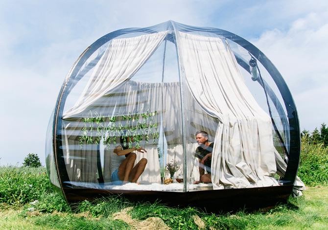 La tenda per dormire in simbiosi con la natura