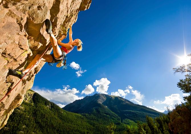 Parete Scalata Roma : Arrampicata per principianti: la guida al climbing dalla a alla z