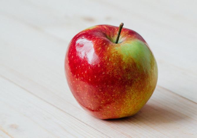Una mela al giorno leva il medico di torno davvero