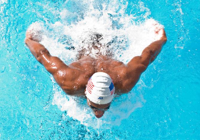 dolori e spalle e collo nel nuoto