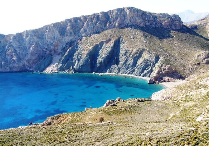tilos_spiaggia