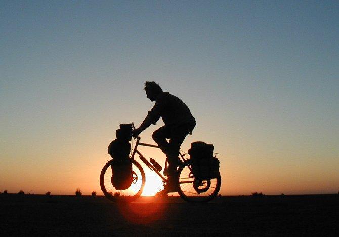 in bici_lungo_il_po_II_0
