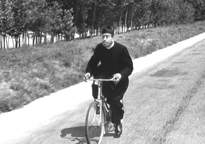 in bici_lungo_il_po_don_camillo