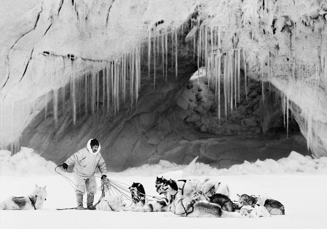 Artico-Ragnar Axelsson- Thule, Mikide su Inglefield Fjord, Groenlandia, 1999