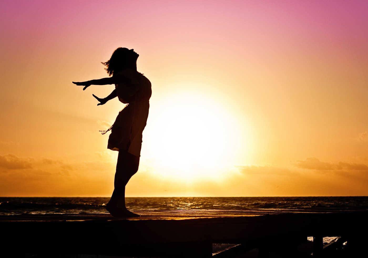 benefici di stare ai sole 30 minuti al giorno