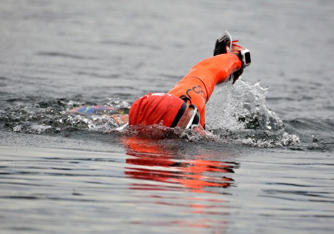 nuoto e corsa insieme
