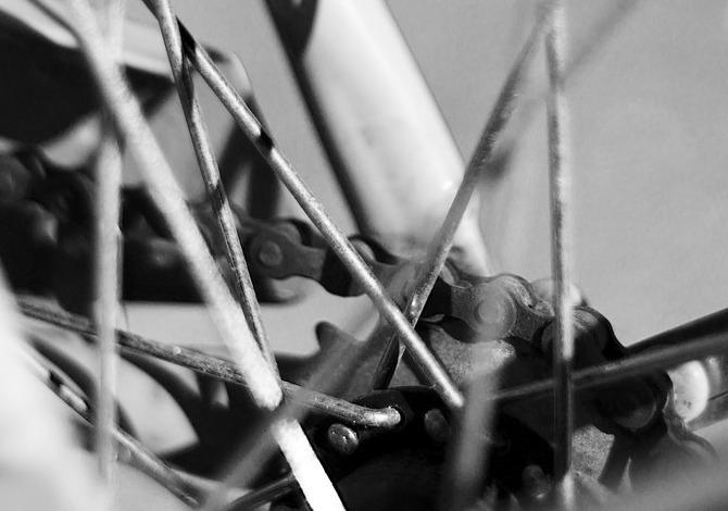Perché cade la catena della bicicletta