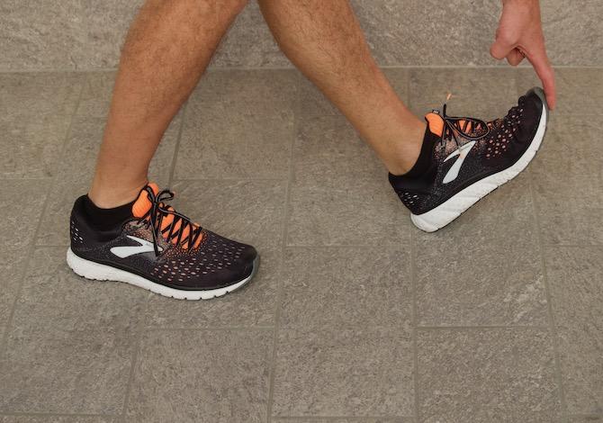 brooks-glycerin-16-scarpe-running-prova-punta