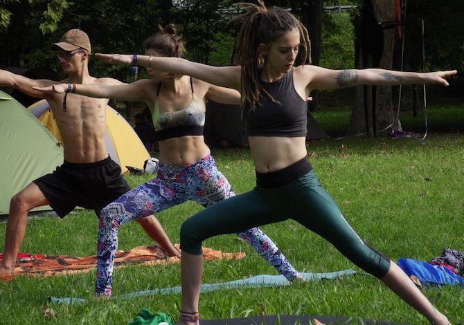 adventure-river-fest-yoga