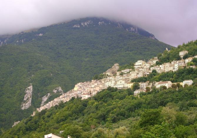 majella-con-bambini-pennapiedimonte-foto-zitumassin-wikimedia