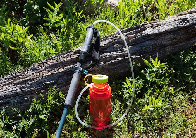 purtrek-bastoncino-trekking-borraccia