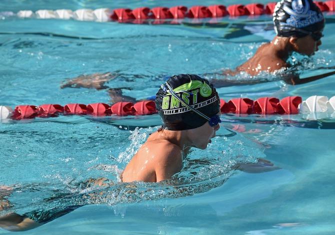 costume-piscina-per-bambini-come-scegliere-nuoto