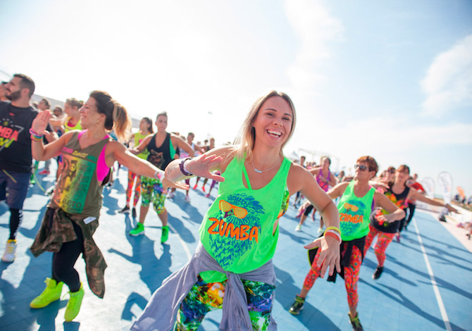 skechers-beach-fitness-zumba