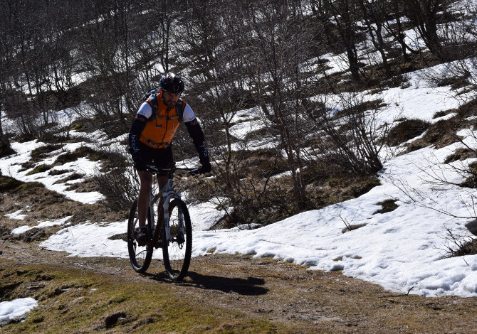 MTB in inverno: come vestirsi