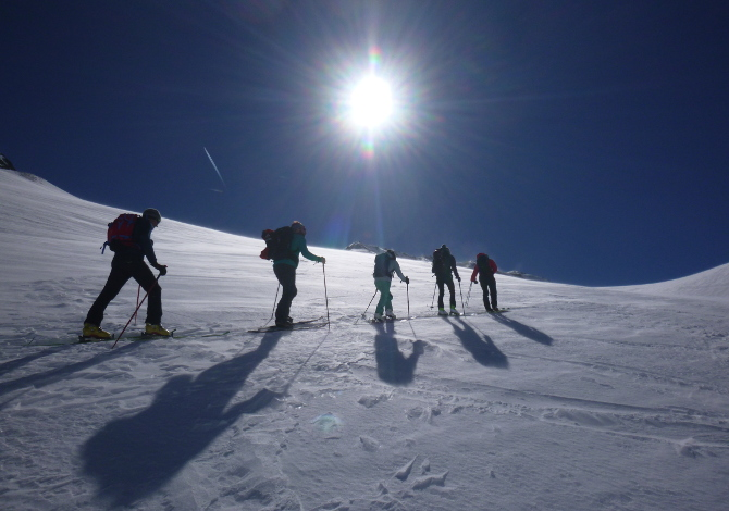 Scialpinismo e ciaspole al Passo San Gran Bernardo_1