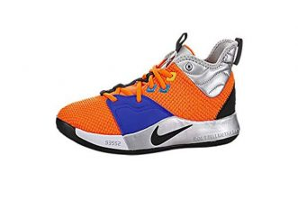 idee-regalo-di-natale-per-chi-gioca-a-basket-le-migliori-scarpe-a-prezzi-bassi