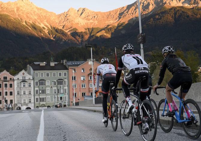 tirolo-Bici-da-corsa-Innsbruck-Tirol-Werbung-Franz-Oss