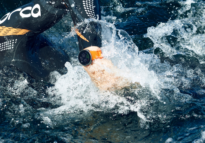 migliori smartwatch impermeabili per lo sport