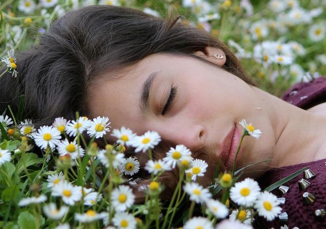 dormire-pomeriggio-fa-bene