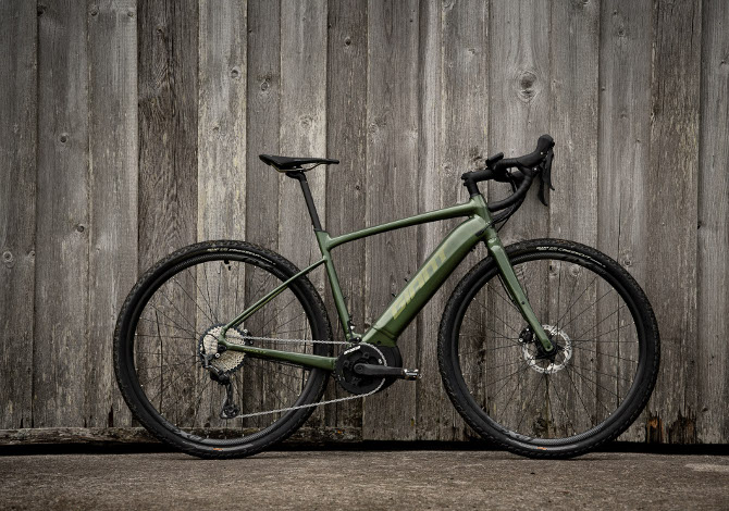 E-bike gravel Giant Revolt E+