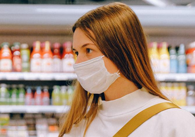 Cattivo odore nella mascherina: alitosi o anidride carbonica
