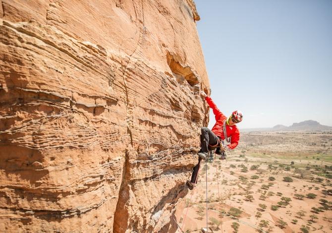 arrampicata-in-etiopia-sulle-torri-del-tigray-con-caroline-ciavaldini-e-james-pearson-arrampicata
