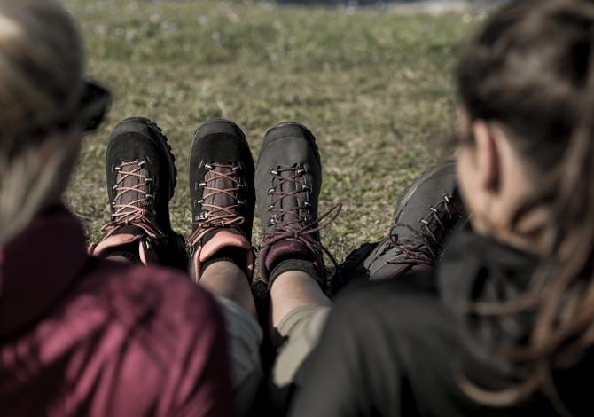Scarponcini per andare in montagna in estate