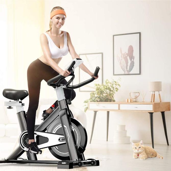 spin bike o cyclette fitness con ergometro