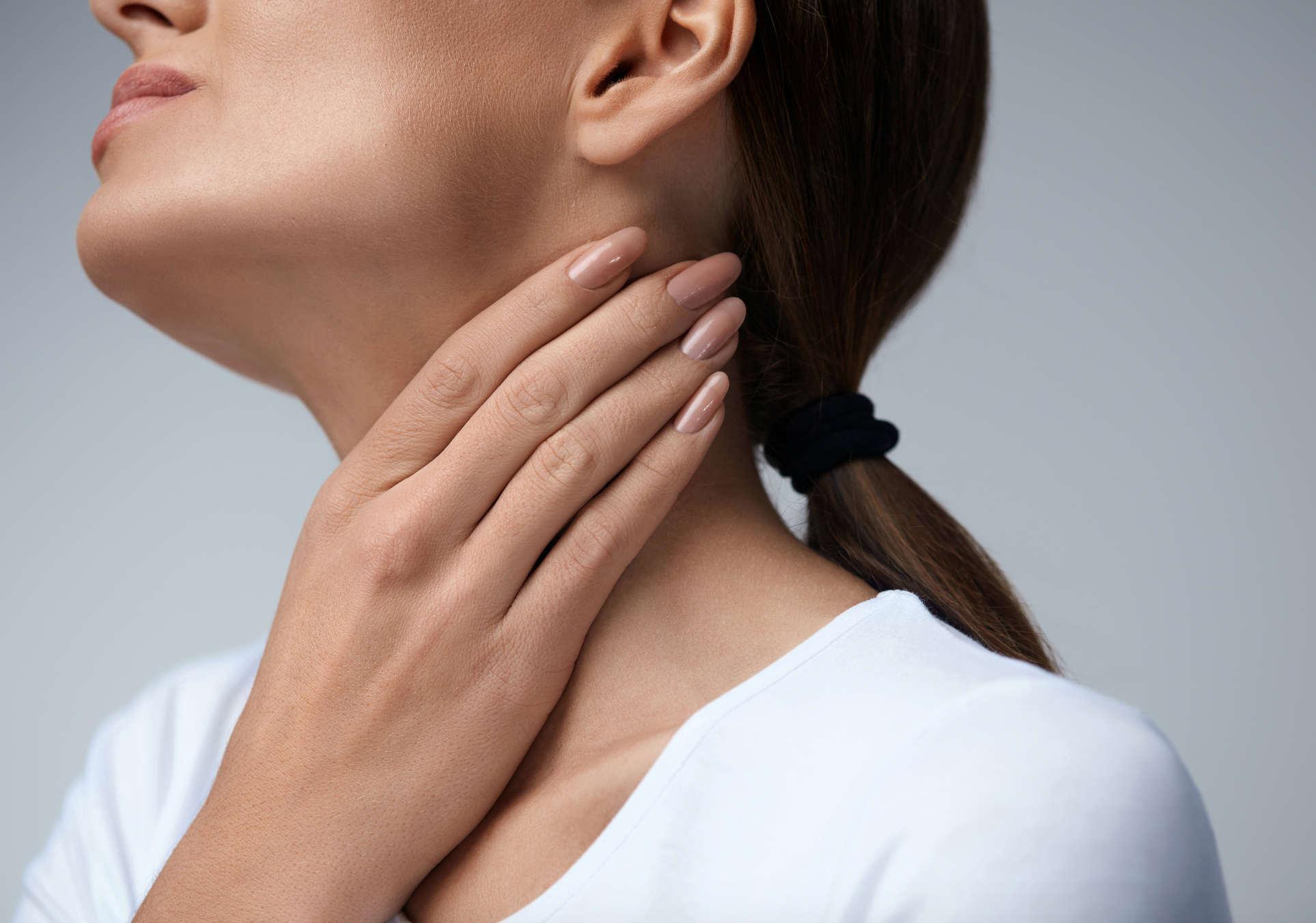 Mal di gola invernale: i 2 errori che tutti fanno