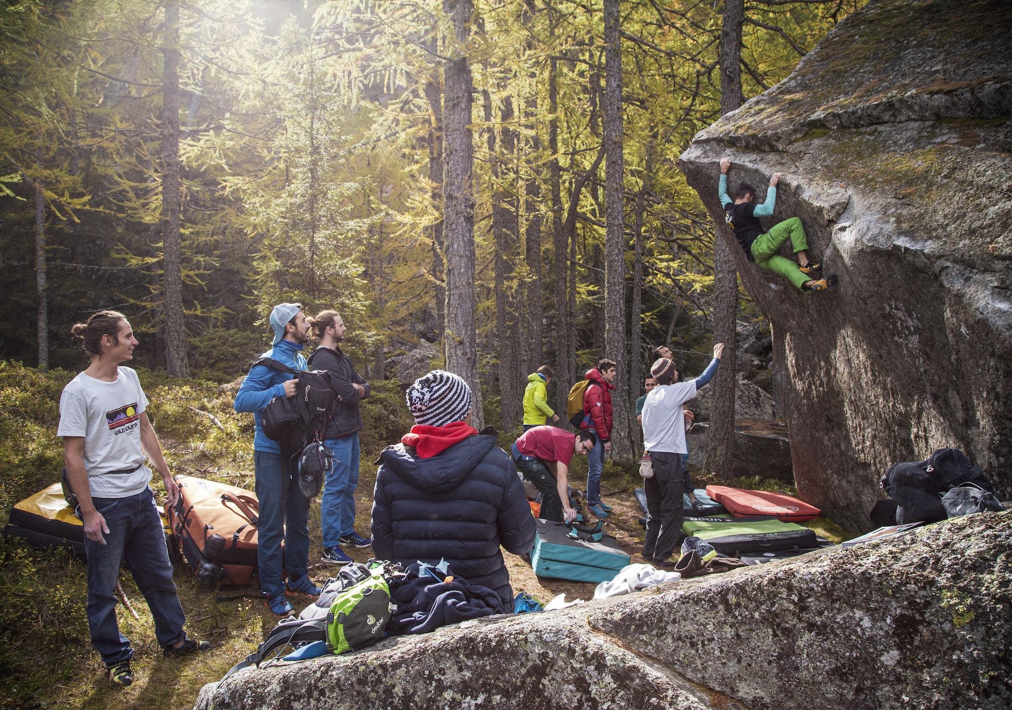 arrampicare-in-lombardia-le-falesie-nella-zona-di-brescia-boulder