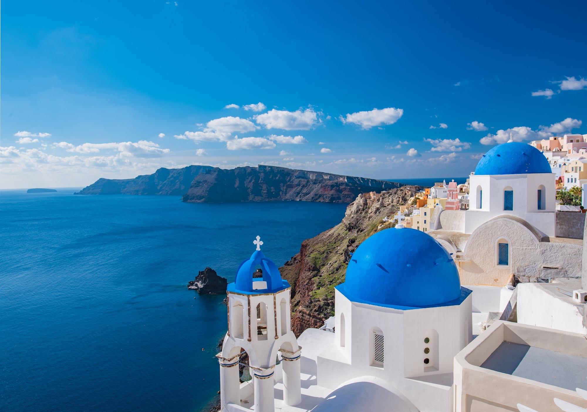la-grecia-apre-ai-turisti-da-maggio-si-entra-con-vaccino-o-test